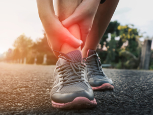 Sports injury acupuncture treatment